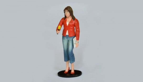 LMM Figur Journalistin mit .Mikrofon High Detail Collectors Edition 1:32 LMF132049