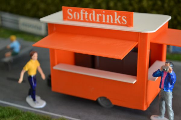 Slot-Store Food Trailer Bausatz 1:32 SFT132